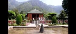 chashmashahi-srinagar