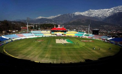 HPCA-Stadium-Dharamsala-with-snowy-mountains-2013-600