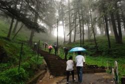 Shimla jakhoo-hill-shimla-climbing