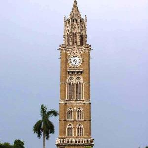 mosque pillar indore